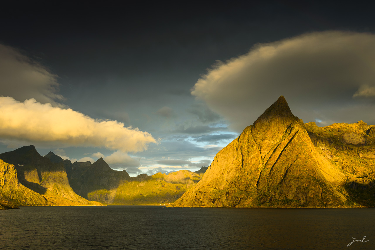 Fjord des iles Lofoten